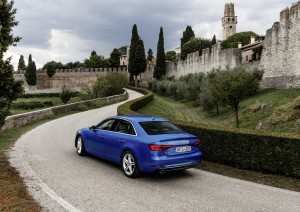 nowe_Audi_A4_3